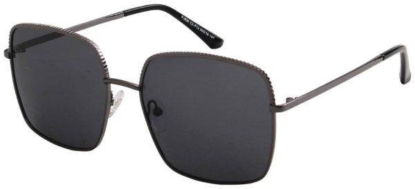 På billedet ser du et stemningsbillede (#1) fra Square solbriller til kvinder, Fierce fra brandet Solbrillerne.dk i en størrelse H: 59 cm. B: 18 cm. L: 147 cm. i farven Sort