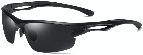 På billedet ser du et stemningsbillede (#1) fra Sports solbriller til mænd, Drift fra brandet Solbrillerne.dk i en størrelse H: 65 cm. B: 16 cm. L: 135 cm. i farven Sort