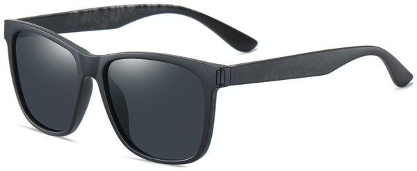 På billedet ser du et stemningsbillede (#8) fra Regulær solbriller til mænd, Kaiser fra brandet Solbrillerne.dk i en størrelse H: 55 cm. B: 16 cm. L: 145 cm. i farven Sort